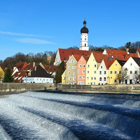 Ausflug nach Landsberg am Lech - Ausblick auf das Lechwehr und Altstadt
